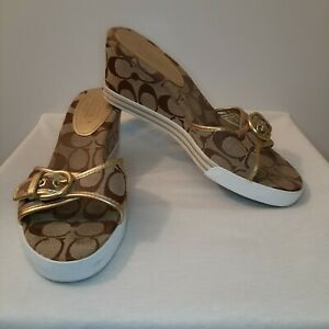 COACH Size 8.5 B Perry Signature Khaki & Gold Buckle Wedge Heel Slide Sandals