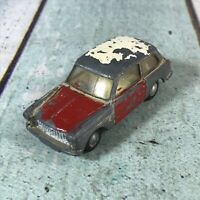 VINTAGE Circa 1960s DIECAST MODEL TRI-ANG SPOT-ON AUSTIN A 40  1:42