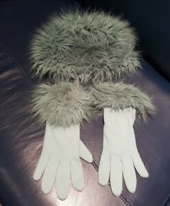 Ladies, Green Faux fur hat and trimmed gloves
