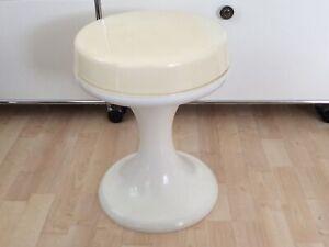 Emsa Design Tulpenfuss Hocker Weiß/beige70er Jahre Guter Zustand