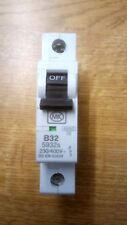 MK 5932s - MK Electric 32A 32 Amp SP MCB Miniture Circuit Breaker Fuse