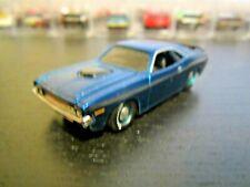 Maisto 1970 '70 Dodge Challenger R/T - Blue/Black 1:64
