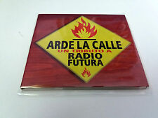 "CD ""ARDE LA CALLE UN TRIBUTO A RADIO FUTURA"" CD 19 TRACKS DIGIPACK BUNBURY FITO"