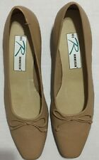 Ros Hommerson Linda Natural Bow Pump Size 10