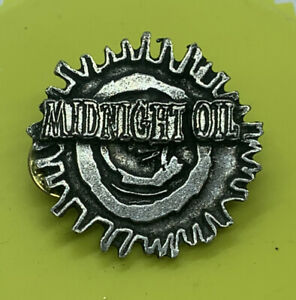 Vintage 1993 Midnight Oil Diesel & Dust Poker Pewter Brockum Pin Band Tour