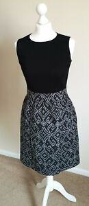 Taylor Dress. Fit & Flare. Lined. Size 4. Black & Grey