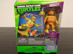 MEGA BLOKS Mikey Streetlamp Slam Teenage Mutant Ninja Turtles 21 Pieces