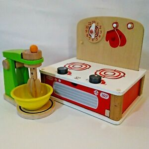 Hape Toys Tabletop Stove and Mixer with Bowl Sturdy Solid Wood Switzerland