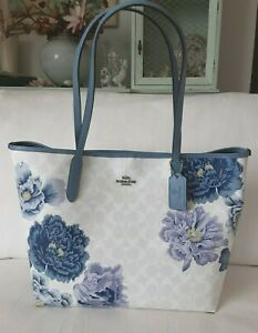 NWT Coach 5698 City Tote in Signature Canvas With Kaffe Fassett Print