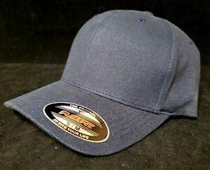 New Original Flexfit Fitted Blank Plain Baseball Cap Hat Curved Visor SM-MED
