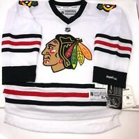 NWT Reebok NHL Kids Chicago Blackhawks Jersey White Size Youth Kids S/M