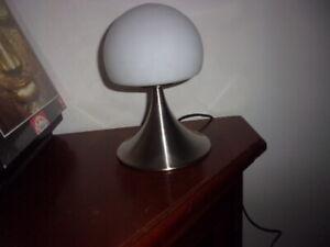 Lampe champignon design années 80