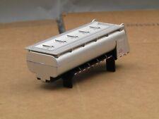 dcp/greenlight 3 axle silver tank body new no box 1/64
