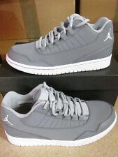 Scarpe da uomo Nike grigio