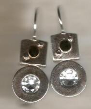 Orecchini di lusso con gemme pendenti neri argento