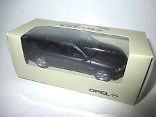 Opel Vectra B Caravan coche familiar break Violet lila Purple metalizado roadster 1:43 Dealer