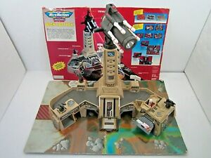 VINTAGE 1995 MICRO MACHINES MILITARY BATTLE ZONES NIGHT ATTACK PLAY SET GALOOB