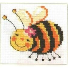 Alisa Counted Cross Stitch Kit - I'm Flying! - Bee