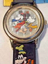 Disney Store Exclusive Mickey Minnie Donald Duck Goofy Pluto Quartz Watch TESTED