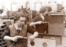 Germany Women Workers Weapon Factory old Press Photo 1943