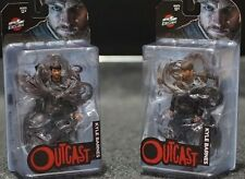 SDCC 2016 Skybound Exclusive Outcast Kyle Barnes Clean + Bloody Variant Figures