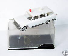 OLD 1960 MICRO EKO HO 1/86 1/87 MADE IN SPAIN FIAT 1800 AMBULANCE FAMILIAR BOX
