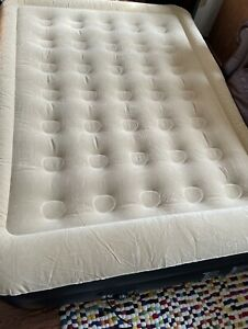 Self-Inflating Double AirBed/ Mattress