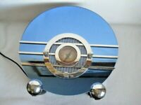 Vintage Crosley Collector Edition CR37 Sparton Bluebird Mirror AM/FM Radio
