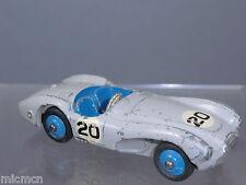 Dinky Toys Modelo No.110 Aston Martin DB3S (versión Gris Claro)