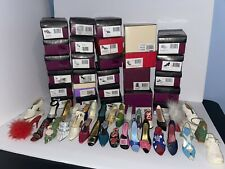 Lot (32) Willits Just the Right Shoe by Raine 1990s - 2000s With Boxes Retired