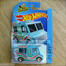 2014 Hot Wheels SWEET STREETS 9/250 HW CITY diecast Mattel Pizza Truck Wings BLU