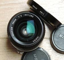 28 mm 1:2 Nikkor, monture Nikon AI, pare-soleil  HN-1