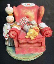 gorgeous Dog & Cat on Comfy Chair Figurine ~ San Francisco 00004000  Music Box ~ Superb!