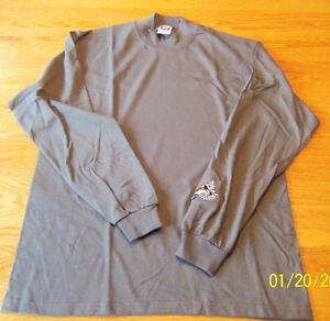 MEN'S WOODY'S STUD SNOWMOBILE SHIRT SIZE MED GRAY LS EMBRODERY ON SLEEVE NEW