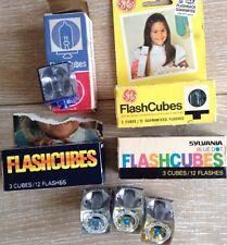 Lot Vintage GE Sylvania Blue Dot Westinghouse Camera 13 Flashcubes 52 Flashes
