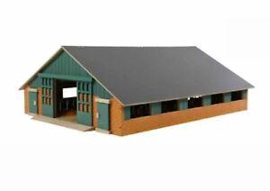 Kids Globe Bauernhof Holz, Dach klappbar, ohne Tiere + Traktor, Kuhstall, 1:32