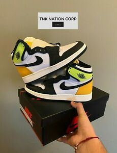 Air Jordan Retro 1 High OG White Volt Black University Gold (Read Description)