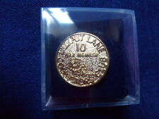 Lilliput Lane 10 Year member Collectors club pin badge