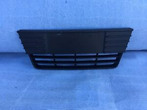 2012 2013 2014 Ford Focus front lower central bumper grille OEM