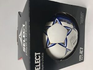 New Other Select Sport Size 5 Royale Soccerball White/Blue