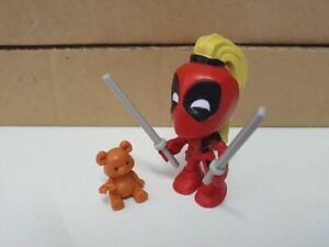 Marvel Bandai figurine Deadpool Chimichanga surprise rouge avec queue de cheval