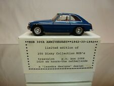 DINKY TOYS DY CODE 3 MODEL PROMO - MGB GT 1965 - SAFETY FAST - TREAVALON - 1:43