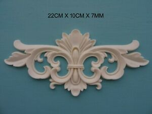 Decorative applique scroll centre resin furniture moulding onlay NR38