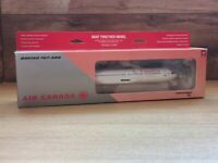 AIR CANADA BOEING 767 - 300 - NEW AND BOXED - SCALE 1 : 200 - Hogan Wings LTD.