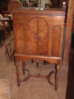"Vintage RARE Radio Cabinet ""The Jesse French"" Gorgeous Tiger Walnut 49X27X17"