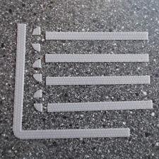 Art.Nr. 5048 - Bürgersteige, 54cm lang (6x90mm + 7 Ecken) Höhe 0,7mm, Breite 7mm