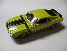 WELLY 1:24 SCALE 1970 FORD MUSTANG BOSS 302 DIECAST CAR MODEL W/O BOX