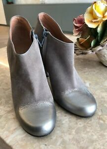 Mark Jacobs Designer Ankle Boots, Heels, Size 39, BNWT, Light Brown With Silver