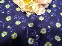 loisirs créatifs ,couture, tissus bleu,vintage petites fleurs
