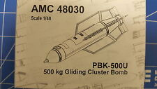 PBK-500U 500kg Gliding Cluster BOMB AMIGO RESIN 1/48